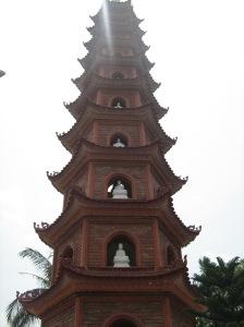 Torre dos 100 budas